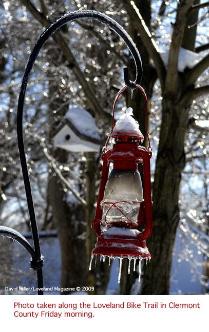 Ice-&-red-lantern