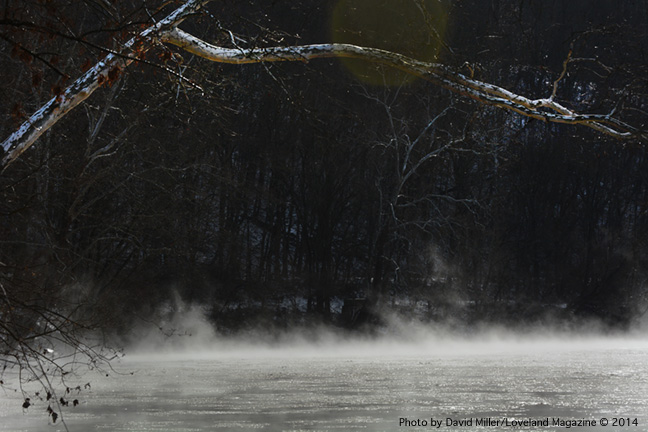Winter-river-steam