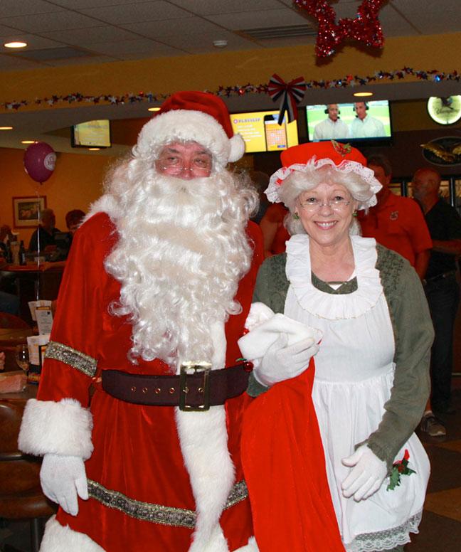 Santa-and-mrs