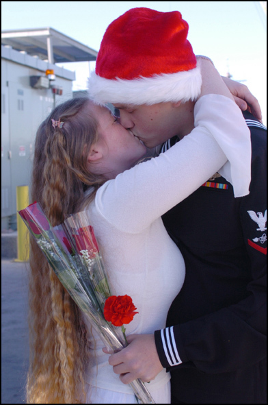 Santa_hug