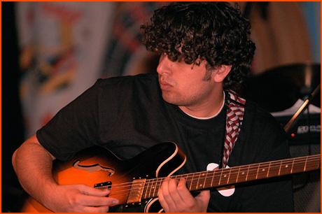 guitar_5374